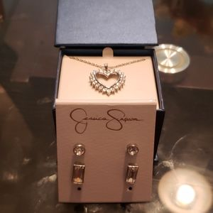 Jessica Simpson earrings with Necklace
